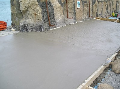 2008_03_05_east_pier_upper_first_pour_2
