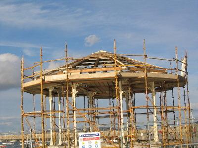 3_bandstand