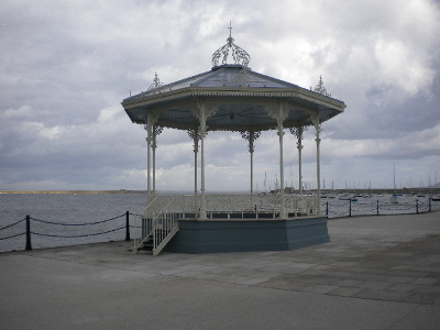 bandstand_completed
