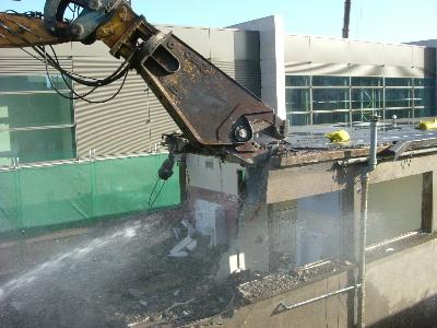 2007_03_13_demolition_of_old_workshops_nigel_teggin_x400