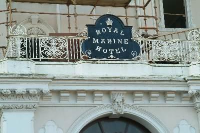 royal_marine_sign