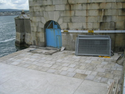 entrance_to_the_east_battery_x600