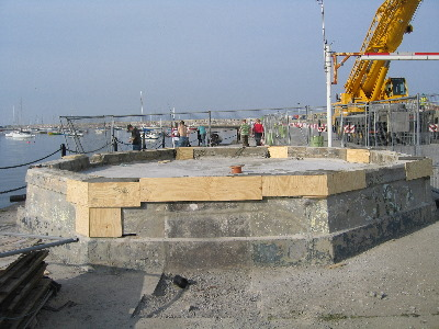 bandstand_base_receives_attention