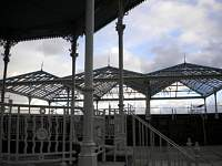 th_1_victorian_shelter_through_bandstand